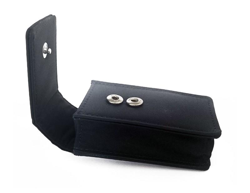 tragetasche f r gps tracker gps tracker am g rtel tragen. Black Bedroom Furniture Sets. Home Design Ideas